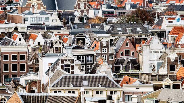 'Woningcorporatie wil huurders verplicht verhuizen naar kleinere woning'