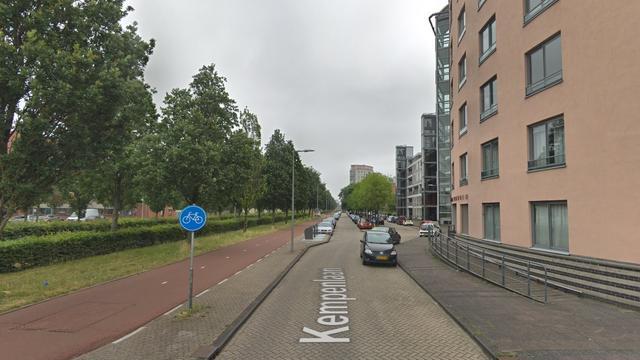 Automobilist verliest controle en ramt drie auto's in Nieuw-Sloten