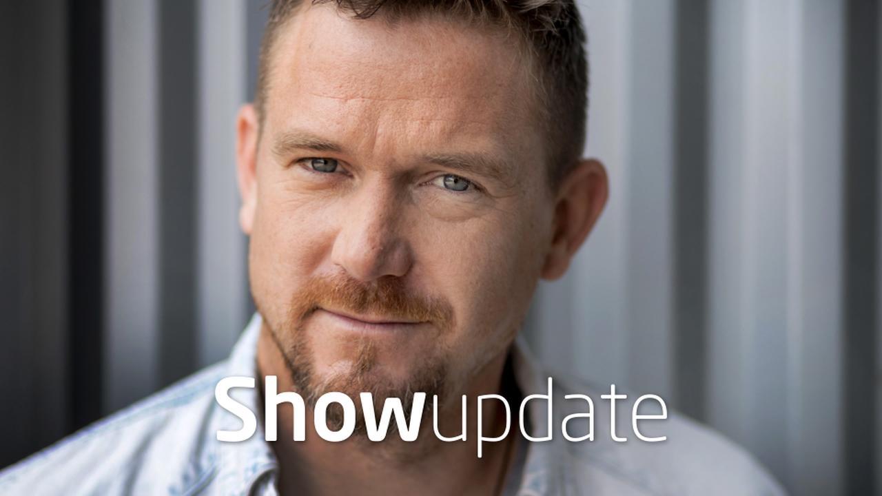 Show Update: Johnny de Mol op babybezoek
