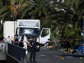 Zeker 84 mensen komen om, tientallen raken gewond