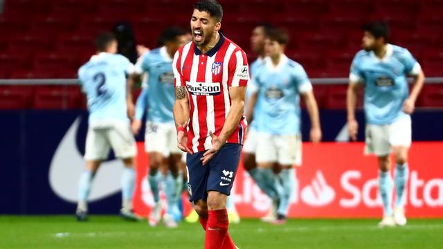Frustratie bij Luis Suárez na de late gelijkmaker van Celta de Vigo.
