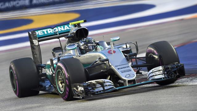 Mercedes heeft constructeurstitel voor het grijpen in Maleisië