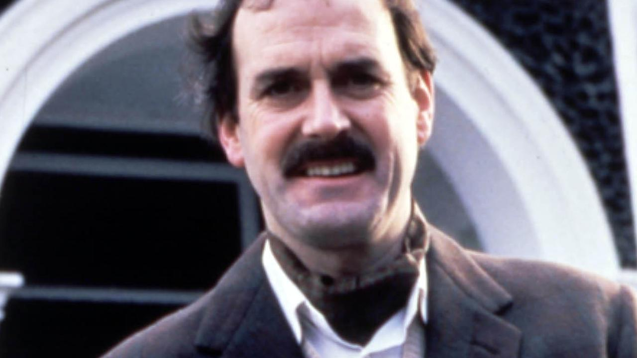 John Cleese brengt Basil Fawlty eenmalig tot leven