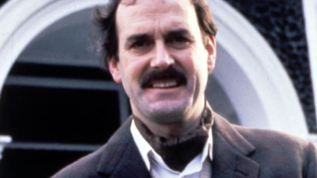 John Cleese brengt personage Basil Fawlty eenmalig tot leven