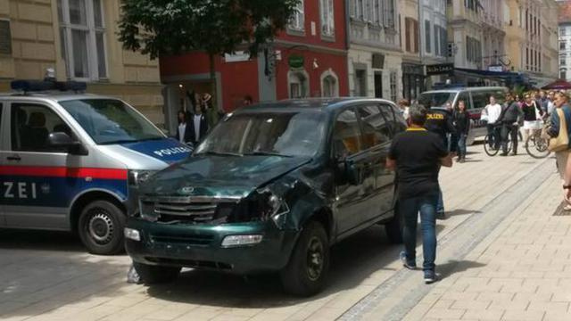 Man die op mensen inreed in Graz is er geestelijk slecht aan toe