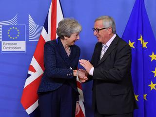Britse premier in Brussel voor bespreking principeakkoord met EU-leiders