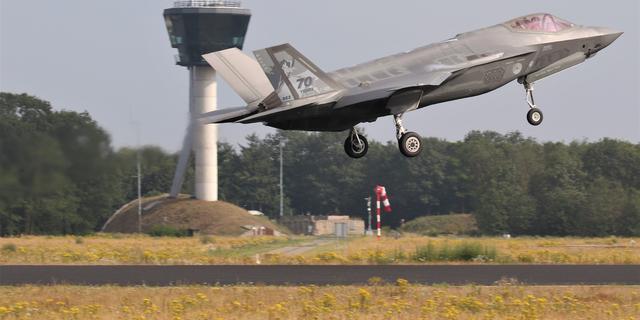 Nederland schaft acht of negen extra F-35-straaljagers aan