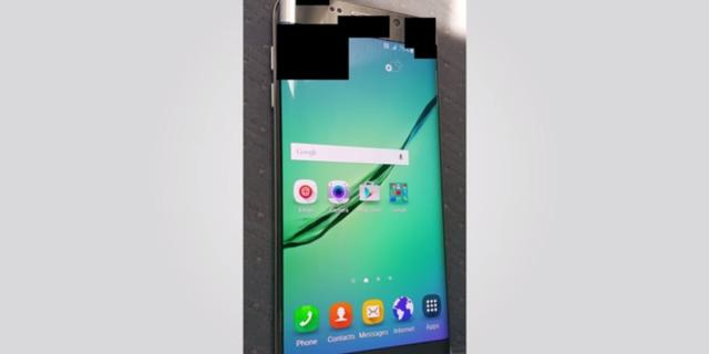Grotere Galaxy S6 Plus op gelekte foto te zien