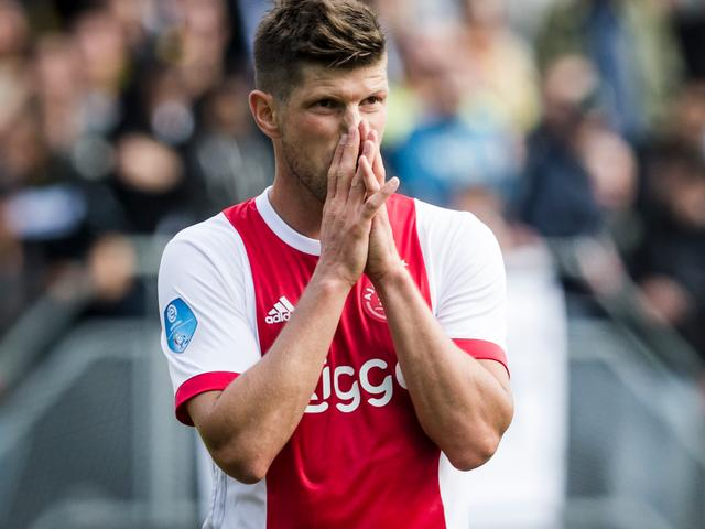 Huntelaar haalt uit naar KNVB vanwege 'verschrikkelijk' kunstgras