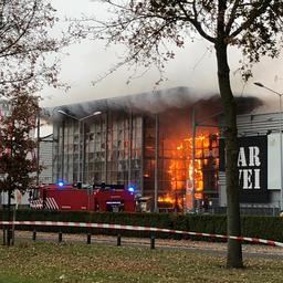 8899b90fbff Zeer grote brand verwoest Karwei Apeldoorn - Algemeen nieuws - NewsLocker