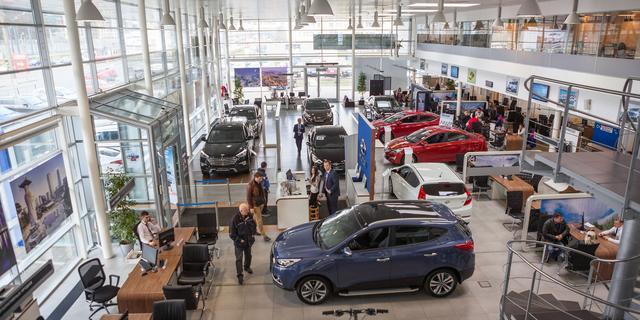 Autobedrijven verkopen recordaantal tweedehands auto's