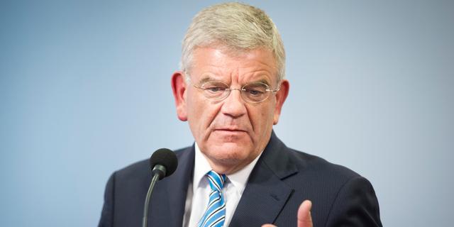 Vier maanden cel voor bedreigen Utrechtse burgemeester Van Zanen