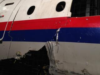 Cockpit brak af na explosie raket