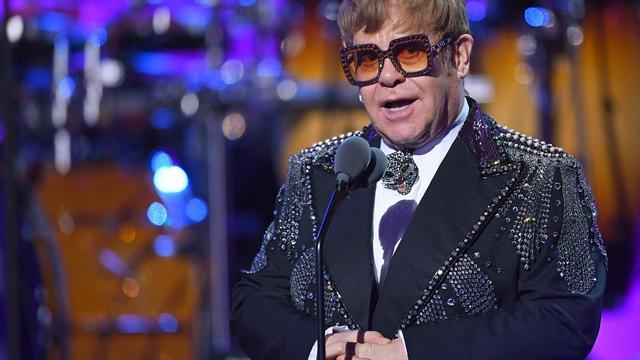 Elton John vindt dat huidige generatie artiesten 'niet kan schrijven'