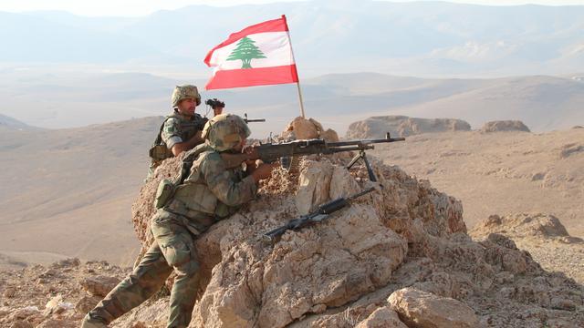 Libanese leger start offensief tegen Islamitische Staat bij grens Syrië