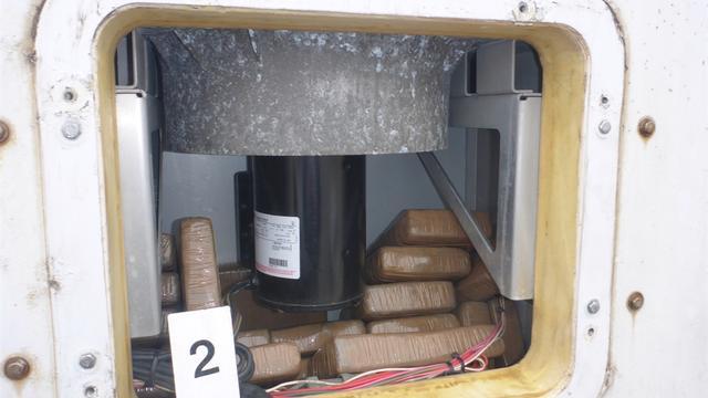 Douane vindt cocaïne in Rotterdamse haven in koelcontainer op schip