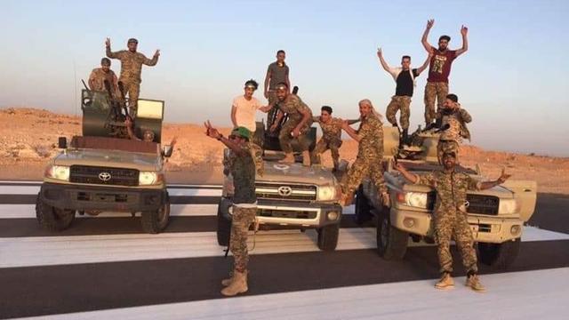 Twee grootste strijdende partijen in Libië sluiten wapenstilstand in Genève