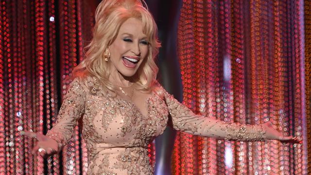 Dolly Parton gaat films produceren voor Netflix