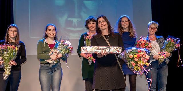 Uitreiking tweede editie BplusC amateur kunstwedstrijd