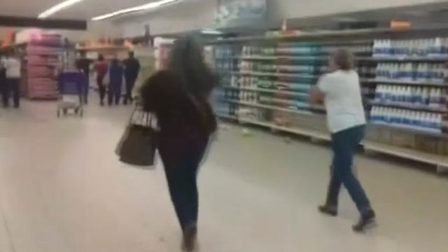 Paniek in supermarkt bij aardbeving in Venezuela