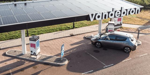 Essent neemt 'rebelse' energieleverancier Vandebron over