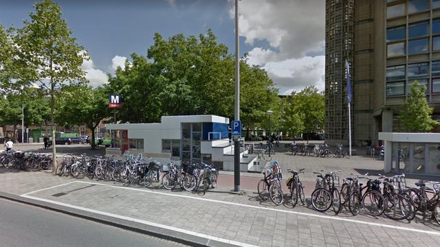 Man belandt op spoor na ruzie metrostation Wibautstraat