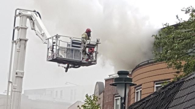 Grote brand na explosie in centrum Hilversum