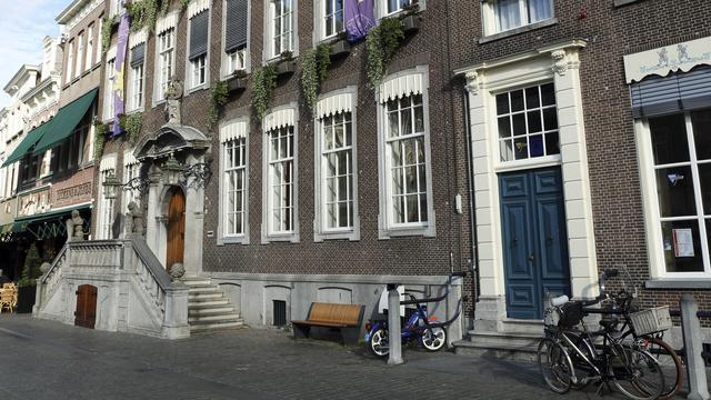 Gesprekken in pre-formatie college Breda in afrondende fase