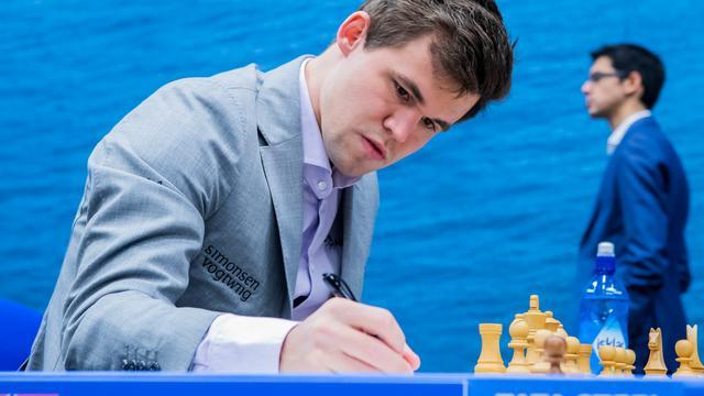 Carlsen en Anand samen aan kop bij Tata Steel Chess