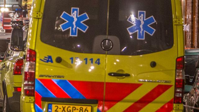 Vrachtwagen botst tegen vangrail op A58 bij Rilland