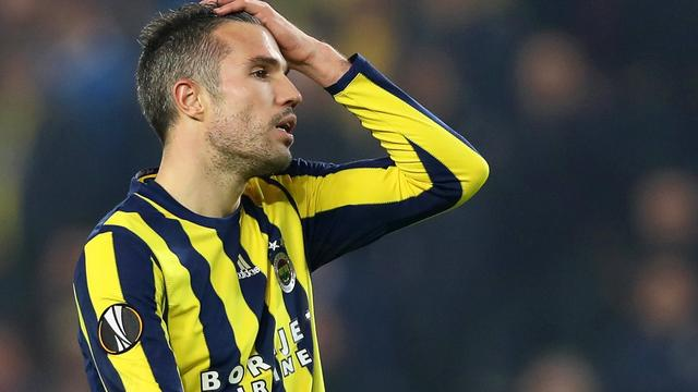 Van Persie met Fenerbahçe in gesprek over ontbinding contract