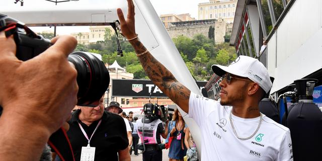 Wolff vindt Hamilton 'ander persoon' geworden na vertrek van Rosberg