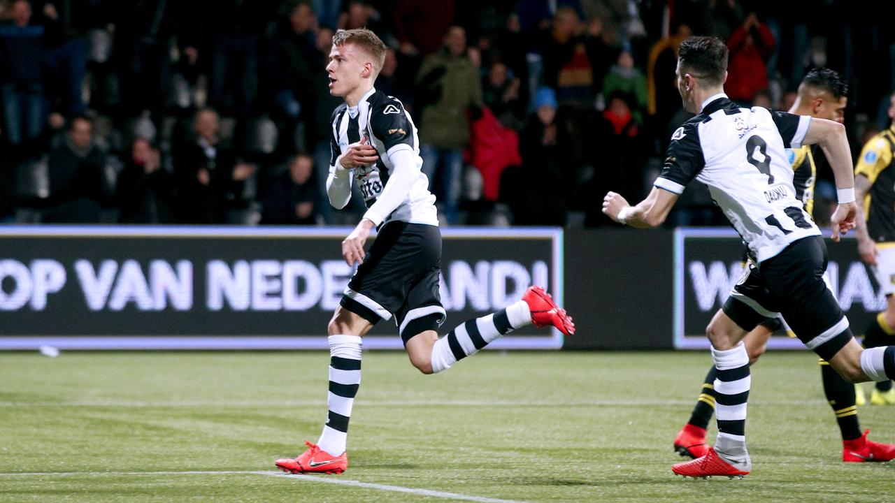 Heracles Joins The Subtop By Spectacular Victory On Vitesse Teller Report