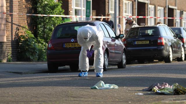 Neergestoken krantenbezorger Rotterdam overleden