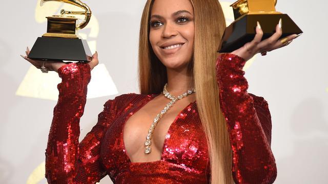 Beyoncé helpt jonge vrouwen studeren met studiebeurs