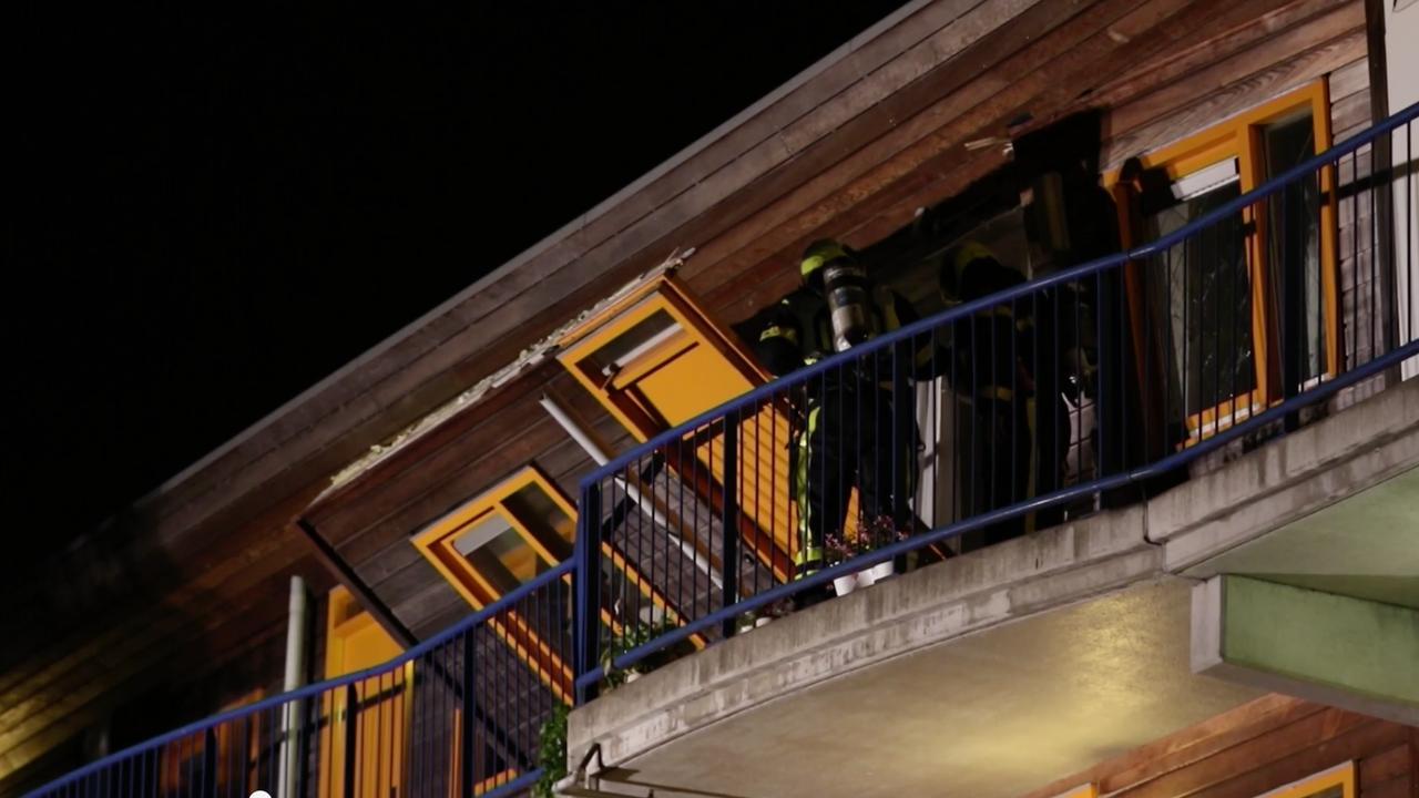 Explosie verwoest gevel van woning in Den Haag