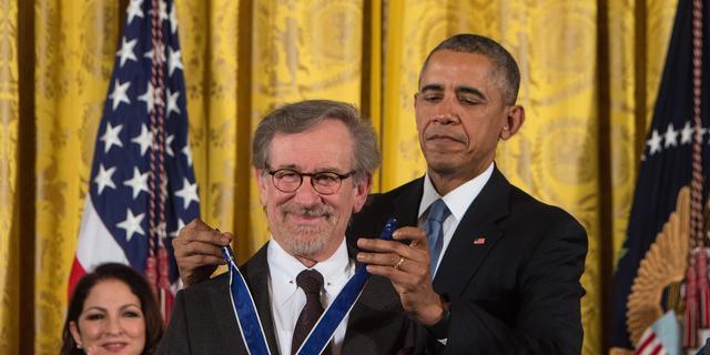 Steven Spielberg ontvangt presidentiële onderscheiding