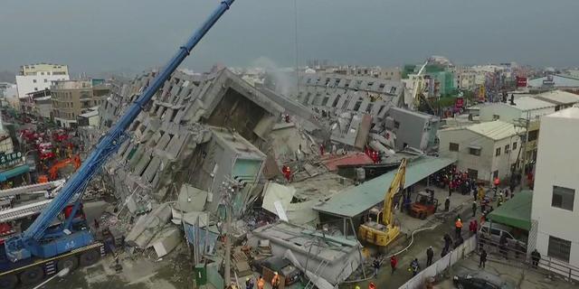 Doden en honderden gewonden door aardbeving Taiwan