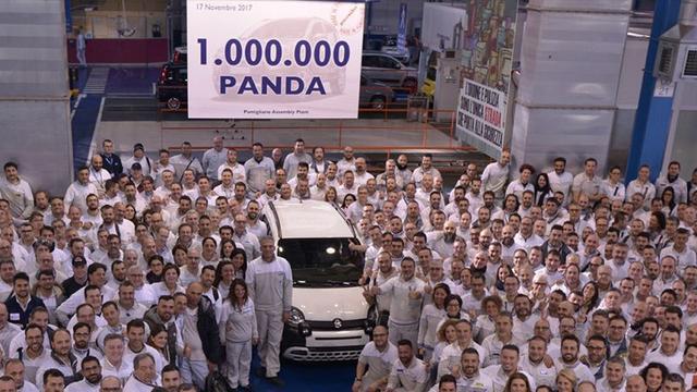 Fiat viert miljoenste exemplaar van Panda