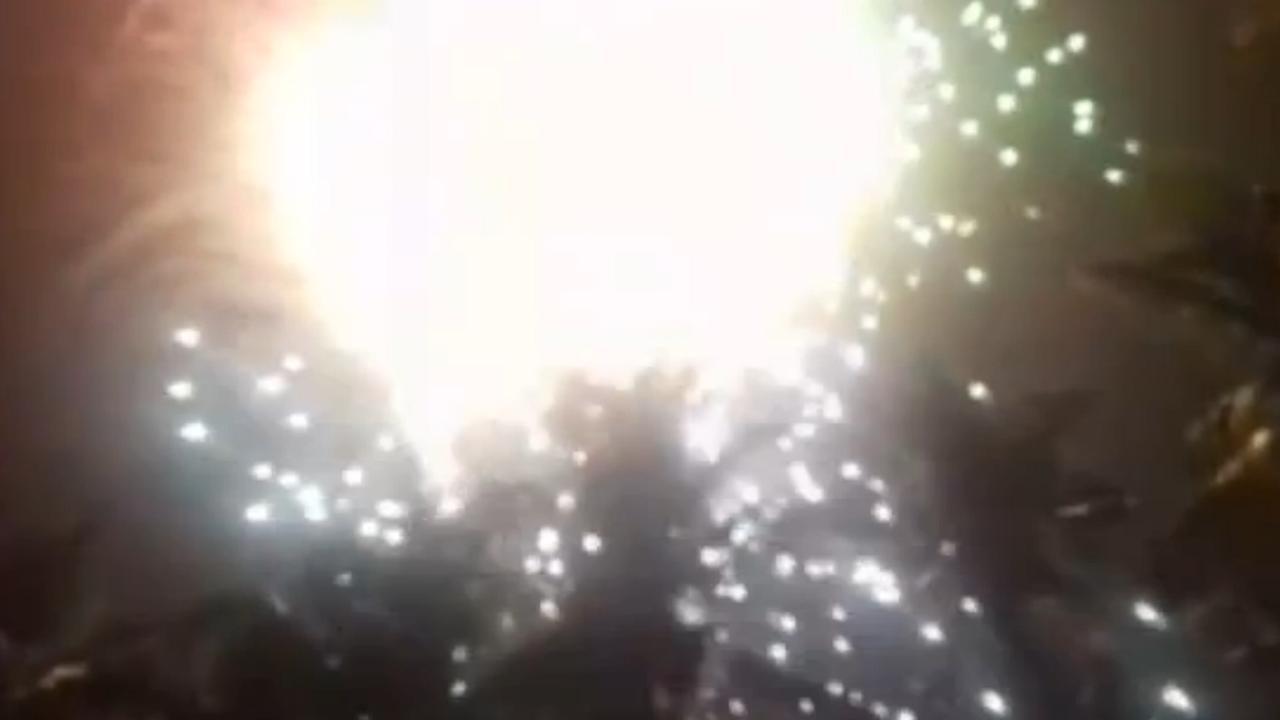 Zeker honderd doden bij brand na vuurwerkshow in tempel India
