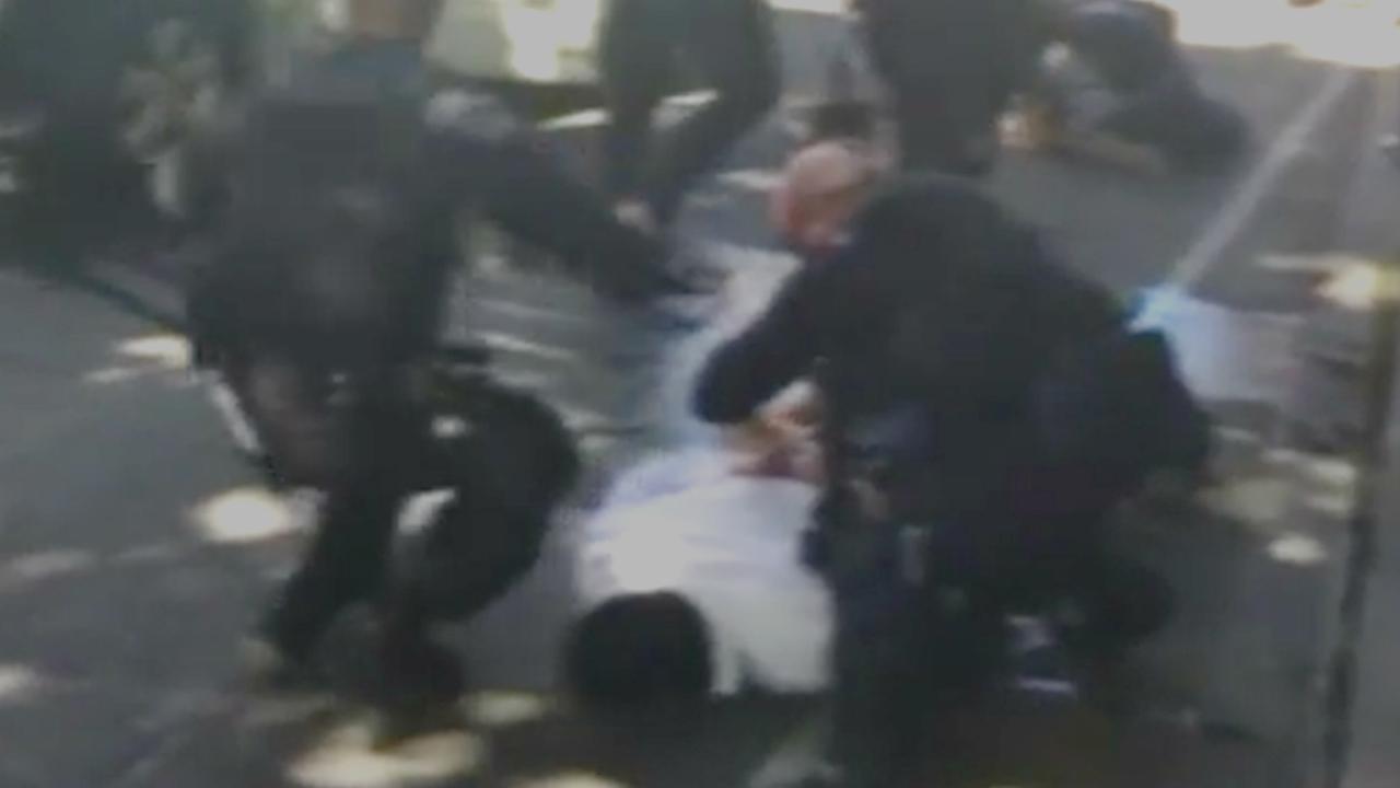 Politie arresteert bestuurder na inrijden op voetgangers Melbourne