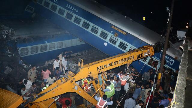 Zeker 23 doden bij treinongeval in het noorden van India