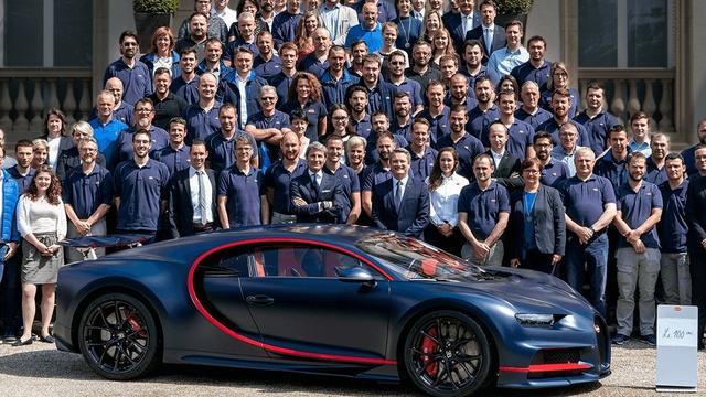 Bugatti bereikt mijlpaal met productie honderdste Chiron-model