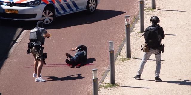 Eis 15 jaar en tbs voor pogingen moord met terroristisch oogmerk Den Haag