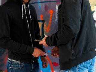 Dealer op heterdaad betrapt