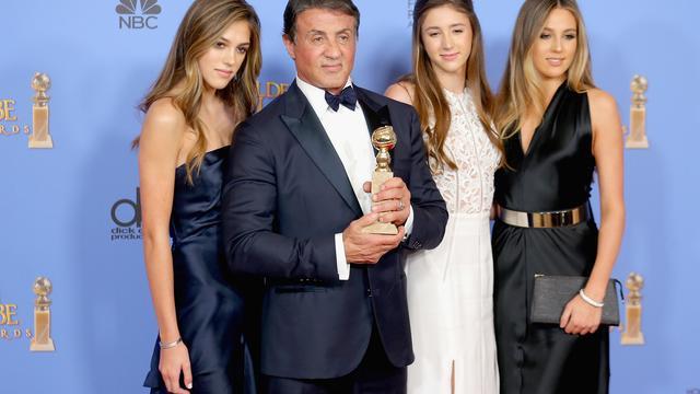 Dochters Sylvester Stallone reiken Golden Globes uit