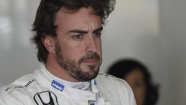 'Alonso start door gridstraf als laatste in Maleisië'