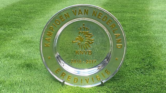 Kampioen krijgt dit seizoen gouden schaal uitgereikt van KNVB