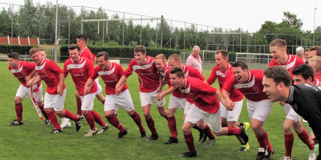 VV Wernhout promoveert naar vierde klasse