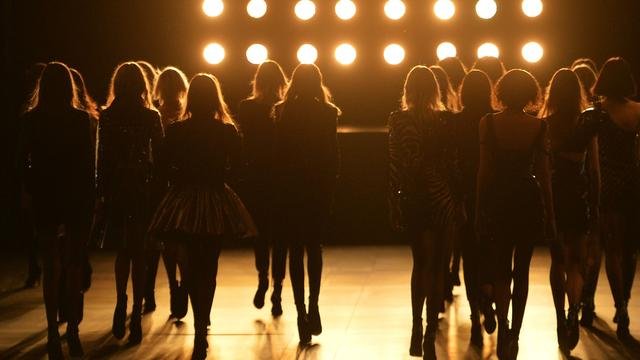 Saint Laurent-campagne verboden vanwege 'te dun' Nederlands model